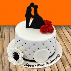 Anniversary Cake Couple Sketch on Top